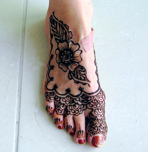 Feet Legs Henna By Sienna